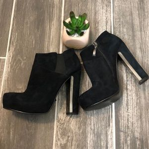 Guess GWCORELINE Black Suede Booties